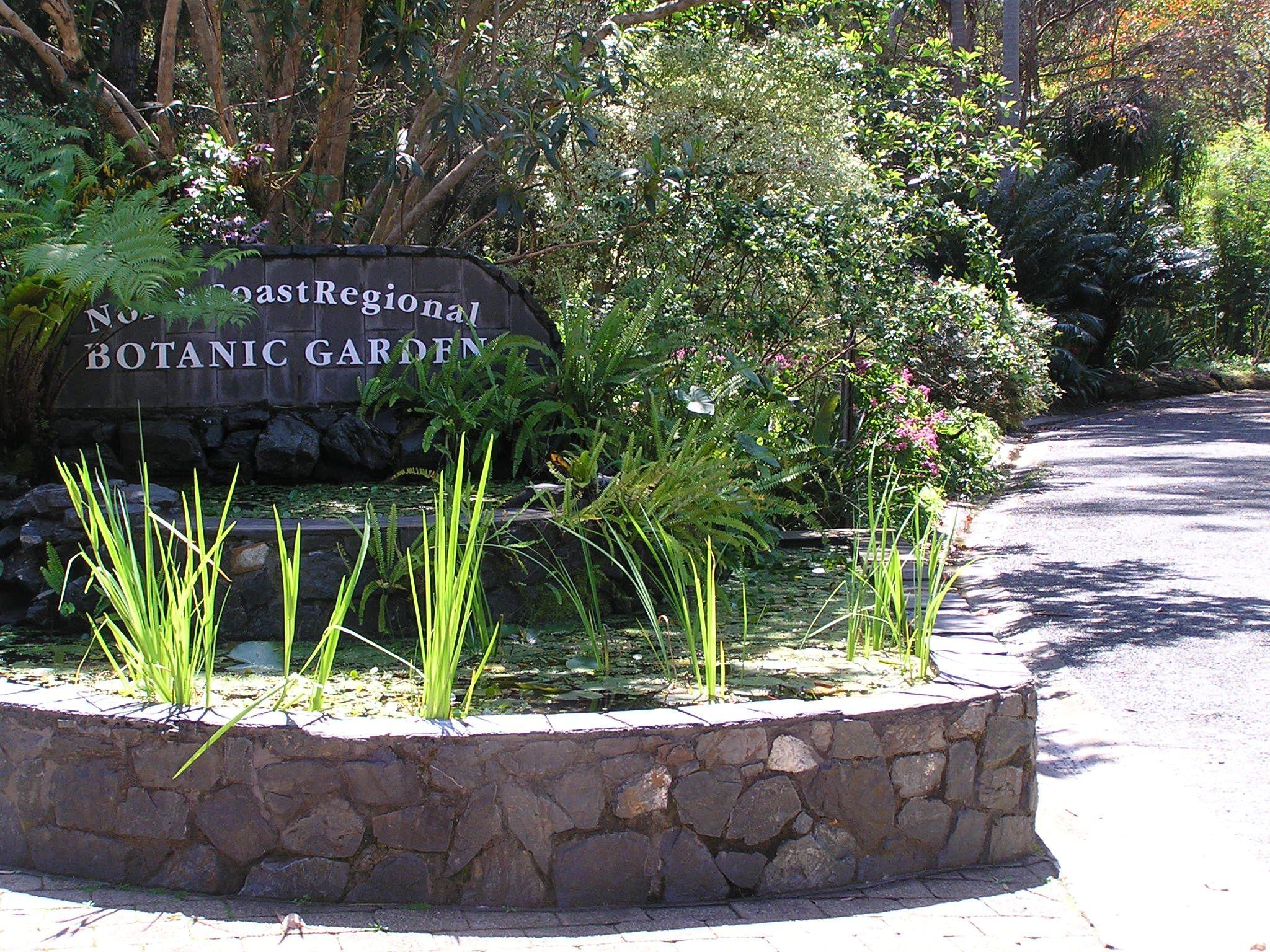 Botanic Garden entry sign